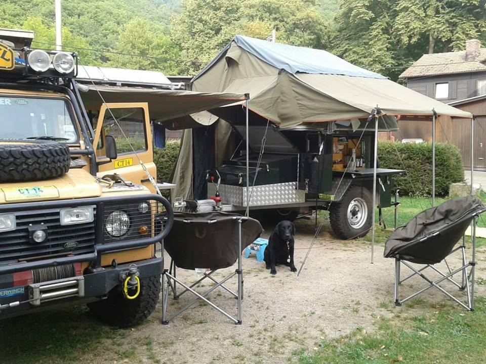 Landrover and trailer tent