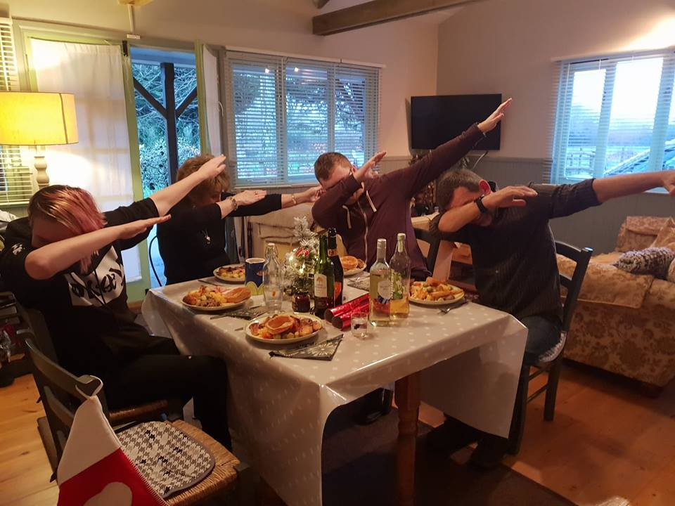 dabbing over the christmas dinner
