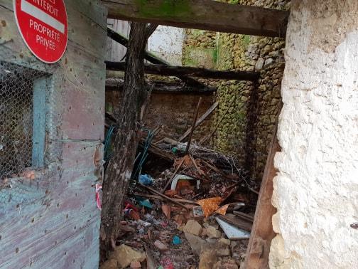 pile of rubble in ruin